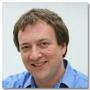 """""""Internetul e zona de vârf a infracţionalităţii din România"""" - Interviu cu Misha Glenny, autorul cărţii """"McMafia - Crime fără frontiere"""""""