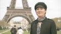 """OBIECTOFILIE. Erika LaBrie, femeia care s-a căsătorit cu Turnul Eiffel, pe care l-a """"înselat"""" cu Zidul Berlinului. Ulterior s-a îndrăgostit de o macara"""